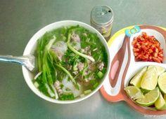 phở bò Beef Noodle Soup, Beef And Noodles, Ethnic Recipes, Food, Essen, Meals, Yemek, Eten