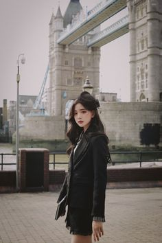 daily 2018 feminine & classy look Cute Korean Fashion, Asian Fashion, Girl Fashion, Black Dress Coat, Chanel Fashion Show, Girl Korea, Ulzzang Korean Girl, Royal Clothing, How To Look Classy