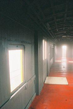 empty light by Ed Armellini, via Flickr                                                                                                                                                           empty light                                             ..