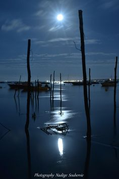 lever de lune au village de l'Herbe - Photo de Nadège Soubervie