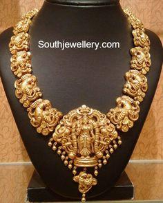 Elaborate Temple jewellery necklace