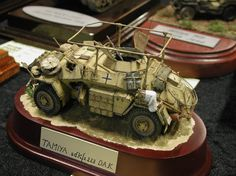 Constructive Comments Discussion Group: Scale Model Challenge: model show in Holland Afrika Corps, North African Campaign, Discussion Group, War Thunder, Military Armor, Model Tanks, Military Modelling, Military Diorama, Miniature Figurines