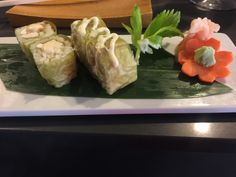 Champagne lobster sushi