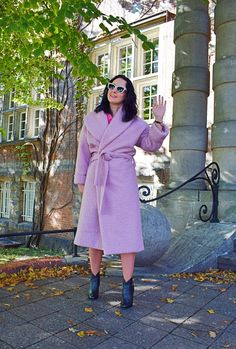 Różowy płaszcz z wełny boucle uszyty z wykroju Burda 09/2018 Burda Patterns, Shirt Dress, Coat, Model, Jackets, Shirts, Dresses, Blog, Fashion
