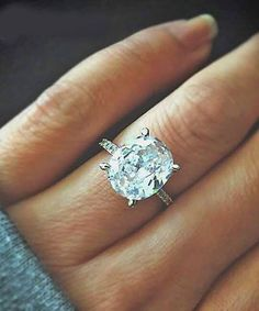 oval + engagement ring