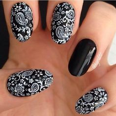 This would look cute all black w/ the design on only one finger