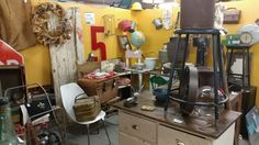 Peruse The Booths Curated By Over 85 Antiques Dealers Whitecotton Antique Mall Southern Illinois