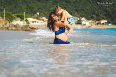 gestante, pregnancy, mother, floripa, sessão praia da armação, fotos praia da armação, floripa, fotografa em florianopolis, beach