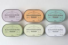 SAVONNIEREの石けんは全部で6種類。ひとつひとつに特徴があります。敏感肌や混合肌に合わせた石けん、ピーリング効果の高いもの、エイジングケアができるものなど、一人一人の肌の悩みに合わせたものをチョイスできるようになっています。