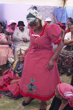 sotho traditional dresses - Google Search Sotho Traditional Dresses, African Traditional Dresses, African Wear, African Dress, African Clothes, African Traditions, African Design, African Fashion Dresses, Green Dress