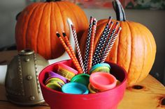 Non-Food Treat Ideas for Your Trick-or-Treaters | SCRATCH OR SNIFF