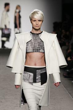 Accademia di Costume e di Moda Talents 2014 Giulia Goretti De'Flamini   WEISS #fashion #womenswear #white #neoprene #wool