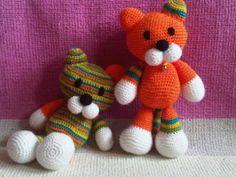 KOČKA S KOCOUREM Crochet Art, Teddy Bear, Toys, Animals, Decor, Animales, Dekoration, Decoration, Animaux