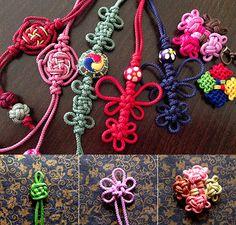 メドッブ教室 Rope Jewelry, Macrame Jewelry, Diy And Crafts, Arts And Crafts, Knot Braid, Braid Patterns, String Crafts, Creative Box, Passementerie
