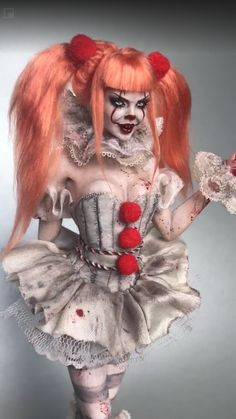 If you are searching for the best update of Halloween, stay with us regularly. Today you are going to get best Halloween pennywise makeup ideas. Pennywise Halloween Costume, Halloween Makeup Clown, Halloween Costume Contest, Couple Halloween Costumes, Halloween Cosplay, Halloween Outfits, Female Pennywise Costume, Scariest Halloween Costumes Ever, Halloween Masquerade