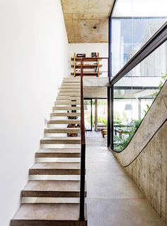 collection of designs and inspirations for the tropics Design Ikea, Style Loft, Appartement Design, Eco Friendly House, House Roof, Land Scape, Stairs, Tropical, Places