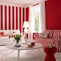 sala en color rojo