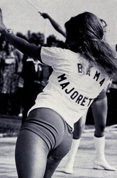 Crystal Brooks 1974 University of Alabama Crimsonette MDB 70s Fashion, Vintage Fashion, Vintage Style, Guys And Dolls, African Diaspora, Alabama Football, Alabama Crimson Tide, Roll Tide, Life Inspiration