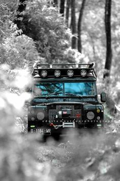 Wild? Adventurous? You're going to need this Land Rover and the 'Outdoor Survival Crate'. Check it out here #ManCrates