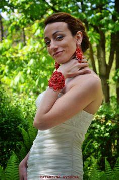 soutache earrings and bracelet 'Byzantikon' by MagiaSoutache on DeviantArt Soutache Earrings, Crochet Earrings, Deviantart, Bridal, Bracelets, Jewelry, Fashion, Moda, Jewlery