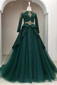 Dark Green Satin Tulle O Neck Long Sleeve Arabic Formal Prom Dress With Applique is part of Formal dresses prom - heels' height If long sleeves dress, please also left upper arm size, wrist size, length for arm to wrist Indian Gowns Dresses, Pakistani Dresses, Evening Dresses, Prom Dresses, Formal Dresses, Formal Prom, Dress Prom, Long Dresses, Muslim Prom Dress