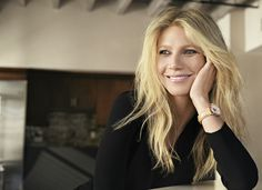Gwyneth Paltrow Frederique Constant's Global Charity Ambassador suports DonorsChoose with the Classics Delight collection.