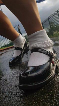 kickers shoes Frilly Socks, Lace Socks, Ankle Socks, Kickers Shoes, Bobby Socks, Little Girl Leggings, Pantyhose Heels, Socks And Sandals, School Uniform Girls