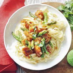 Recept - Roerbak van asperges en garnalen - Allerhande