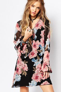 Spring Breeze Casual Floral Bell Sleeve Shift Dress #style