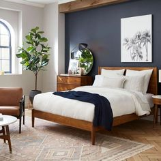 Couple Bedroom, Small Room Bedroom, Small Rooms, Bed Room, Dark Bedroom Walls, Dark Bedrooms, Masculine Bedrooms, Neutral Bedrooms, Modern Bedrooms