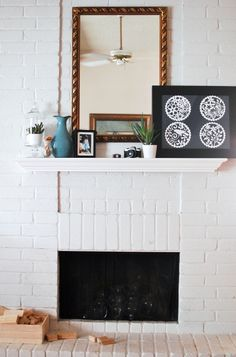 Love The Pop Of The Black U0027n White Graphic Art.. Summer Mantel,