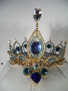 headpiece tiara