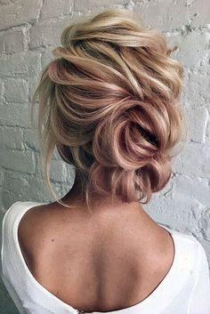 wedding updos for short hair low volume textured antonina_romanova via instagram #weddinghairstyles
