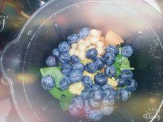 Winter Smoothies Gerade im Winter sind Vitamine wichtig um gesund zu bleiben. Noch mehr Tipps für deine Gesundheit unter www.greenliving1.jimdo.com oder auf Youtube unter Green Angel (Green Living)