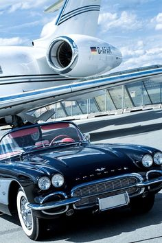 Always travel in style Chevrolet Corvette, 1961 Corvette, Old Corvette, Classic Corvette, Corvette Summer, Preto Wallpaper, Jet Privé, Chevy Vehicles, Chevy Muscle Cars