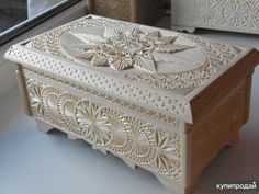 Wood Carving Designs, Wood Carving Patterns, Wooden Jewelry Boxes, Wooden Boxes, Bed Furniture, Furniture Design, Machine Cnc, Dry Fruit Box, Plywood Boxes