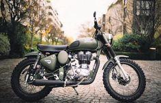 Battle Green 💚💚💚 📸 By @tendanceroadster 👉@RoyalEnfieldBeasts👈 #royal #royalenfield #royalenfieldbeasts #enfield #bike #motocross #motorcycle #girl #boys #macho #blue #hd #bullet #fun #life #ride #auto #automobile #india #england #usa #uk #speed #race #modified #motorcyclesofinstagram #re #punjabi #punjab