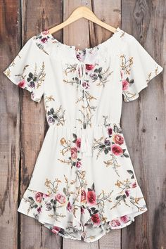 Get in my closet!!! So cute and only $21.80! Cupshe Slowly Killing Me Floral Romper