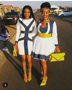 Lady on the right...smashin'!!!!