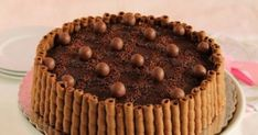 Τούρτα με maltesers και Caprice Maltesers Cheesecake, The Kitchen Food Network, Sweet Recipes, Healthy Recipes, Desert Recipes, Food Network Recipes, Tiramisu, Deserts, Muffin