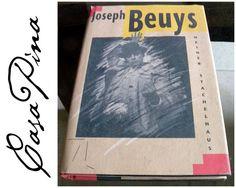Joseph Beuys. Primera edición en USA. 1991. Inglés. Pasta dura. Excelente estado de conservación. Preguntar el Precio / Price Upon Request. Informes: integradoradeartedelnoreste@gmail.com