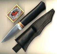 Handmade Custom knives made by Daniel Foytik
