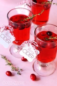 Mistletoe Cocktail - Warm Berry Cider!