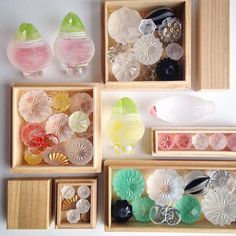 Japanese Embroidery, Glass Jewelry, Needlepoint, Needlework, Glass Art, Decorative Boxes, Crystals, Frame, Gifts
