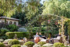 An Architect Creates a Rustic, Mediterranean-Inspired Garden