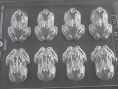 NEW - CHOCOLATE FROG MOULD 8 ON 1 MOULD HALLOWEEN HARRY POTTER THEME PARTIES in Crafts, Cake Decorating   eBay