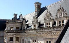 Francois I's Wing in the Chateau de Blois. Chateau De Blois, Francois 1, Renaissance Architecture, French Chateau, Chapelle, Facade, Louvre, Around The Worlds, Exterior