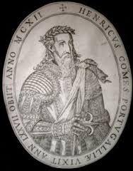 Os novos Condes instalam-se em Guimarães com a sua corte condal e seus cavaleiros, atraindo para estas terras novas gentes a quem D. Henrique concede Carta de Foral. Excelente guerreiro, sábio e prudente administrador, o Conde D. Henrique aumentou consideravelmente as terras do seu condado. O Conde D. Henrique morreu a 24 de abril de 1112 encontrando-se sepultado na Sé de Braga.