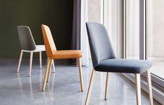 De #Montis Back Me Up. Deze comfortabele #eetkamerstoel wordt het gehele jaar aangeboden voor een speciale introductieprijs. U kunt kiezen uit stof, leder of zelfs een combinatie van stof en leder. #GilsingWonen #design #wooninspiratie #designmeubelen #interieur