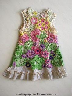 "Sweet Home: Heegeldatud kleidikesed ""Freeform {\""Crochet\"" FB page} Little Girls Floral Pattern Multi-Colored Dress"", ""Baby irish crochet dress fatti a Crochet Girls, Crochet Art, Irish Crochet, Crochet For Kids, Crochet Crafts, Knit Or Crochet, Crochet Flowers, Fabric Flowers, Dress Patterns"